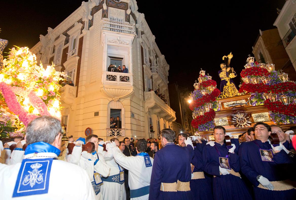 Encuentro Jesús Nazareno y Virgen Dolorosa. Viernes Santo Madrugada